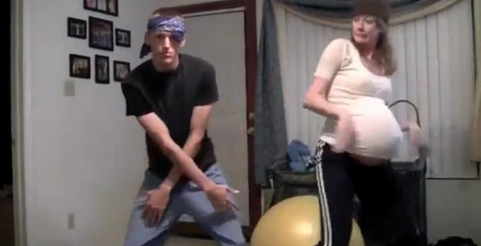 Living Room Dance Party by this pregnant woman is Awesome