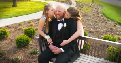 Memorable gifts by these 2 daughters to their dying dad
